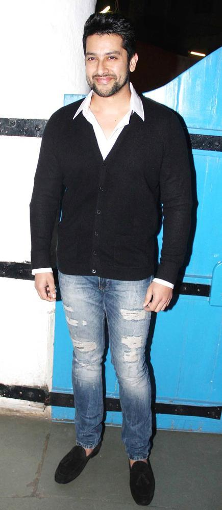 Aftab Shivdasani Killer Smiling Photo Clicked At Dabboo Ratnanis Calendar Launch