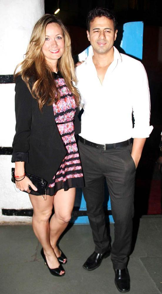 Aryan With Wife Alexandra Posed For Camera At Dabboo Ratnanis Calendar Launch