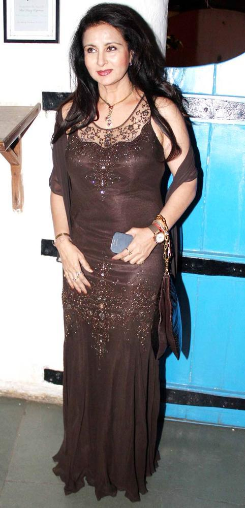 Poonam Dhillon Looked Gorgeous In A Brown Gown At Dabboo Ratnanis Calendar Launch