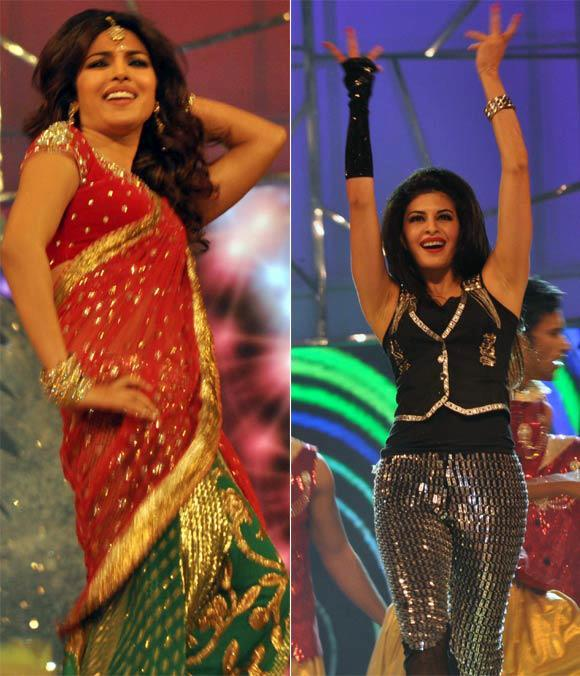 Priyanka And Jacqueline Rock The Stage At Umang Police Show 2013