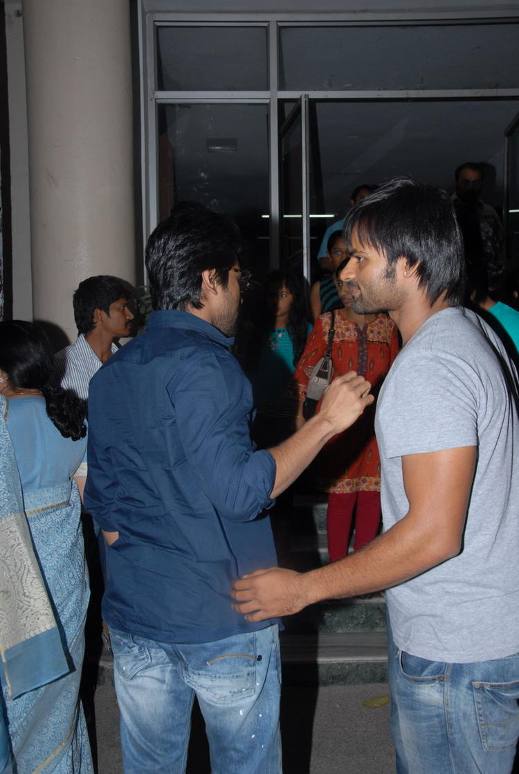 Ram Charan Snapped At Nayak Movie Premier Show