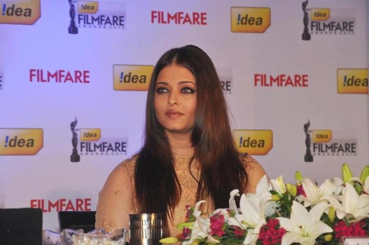 Aishwarya Attend The Press Conference Of 58th Idea Filmfare Awards