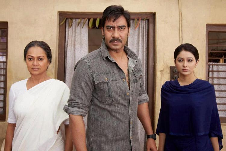 Ajay And Tamanna A Still From Himmatwala Movie