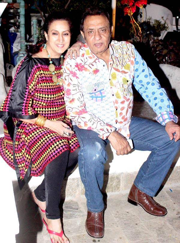 Veteran Actor Ranjeet With Wife Nazneen Clicked At Their Dinner Party