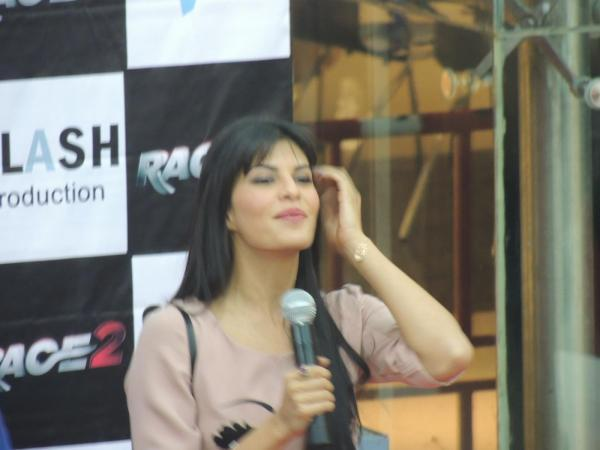 Jacqueline Trendy Looking Snap At Reliance Digital In Pune To Promote Race 2