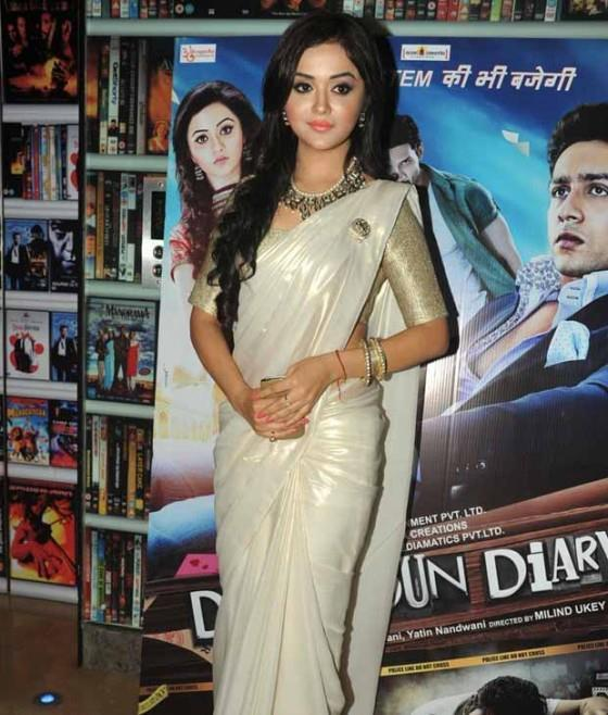 Ragini Nandwani Sizzling Photo Clicked At The Screening Of Dehradun Diary
