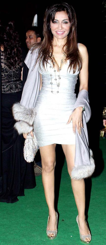 Queenie Dhody Strikes A Pose At Mana Shetty Store Launch