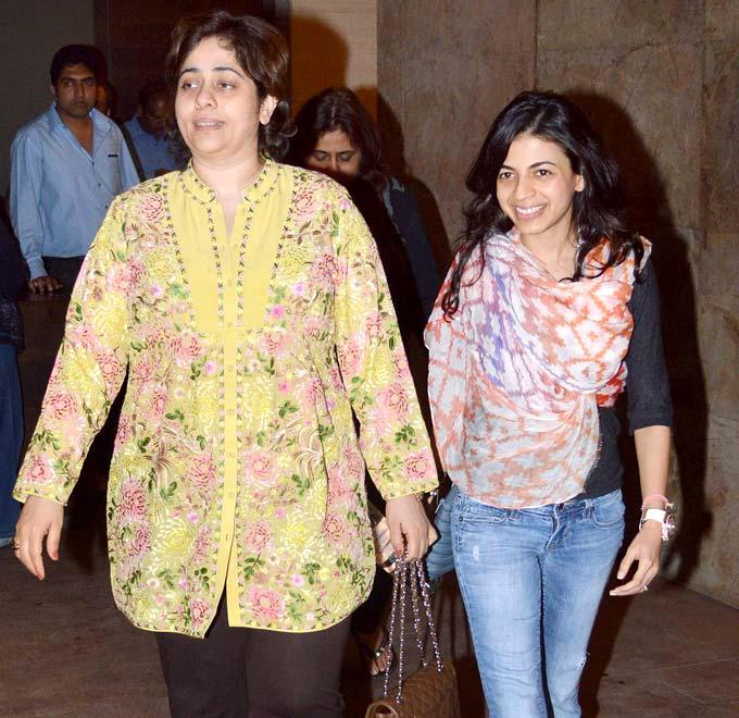Celebs Arrived Photo Clicked At Special Screening Of Inkaar