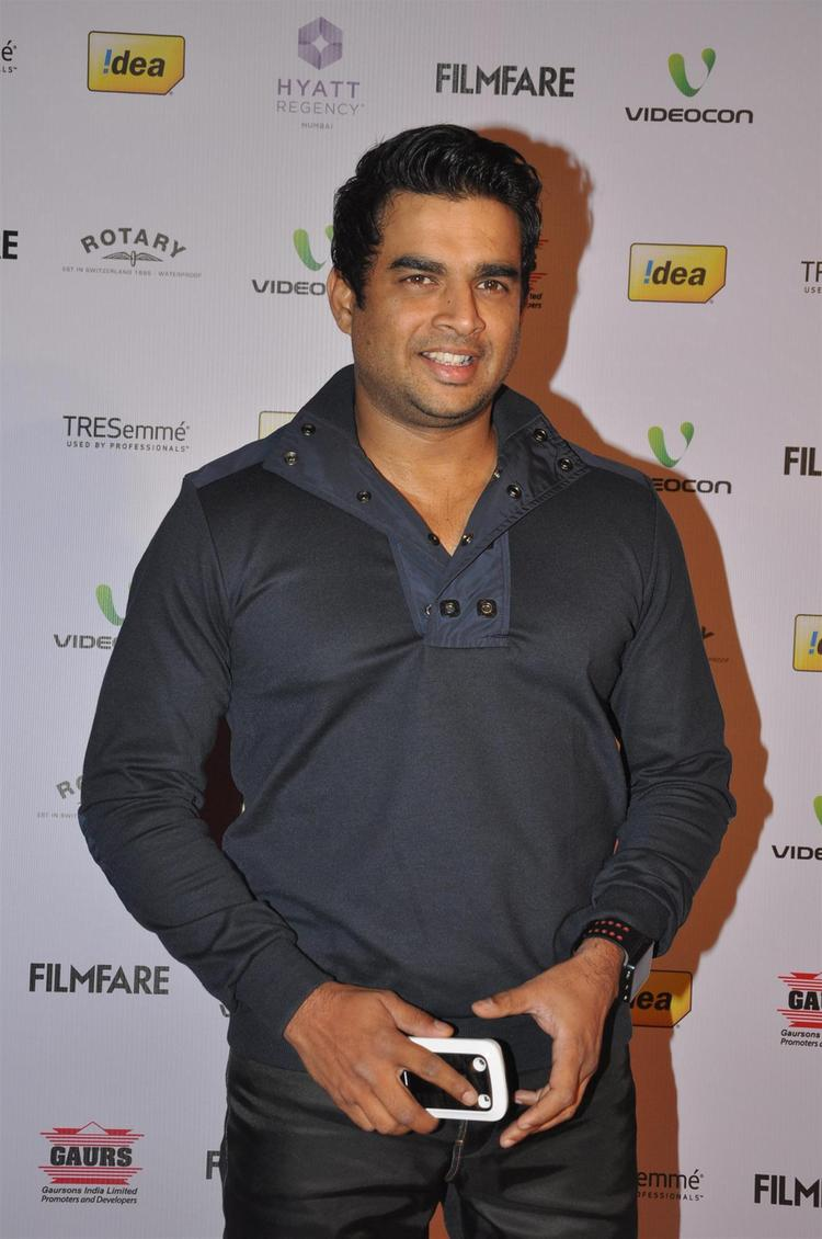 R Madhban Arrived At The 58th Filmfare Nomination Party