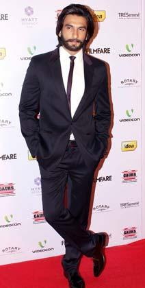 Ranveer Dabangg Style Pose In A Suit At The 58th Filmfare Nomination Party