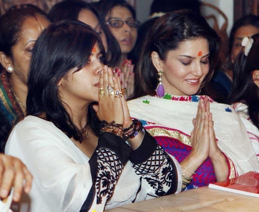 Ekta And Sunny Leone Snapped At Siddhivinayak Temple During Puja
