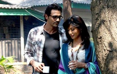 Arjun And Chitrangada In A Coffee Time From Movie Inkaar