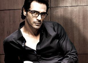 Arjun Rampal Hot Look Photo From Movie Inkaar