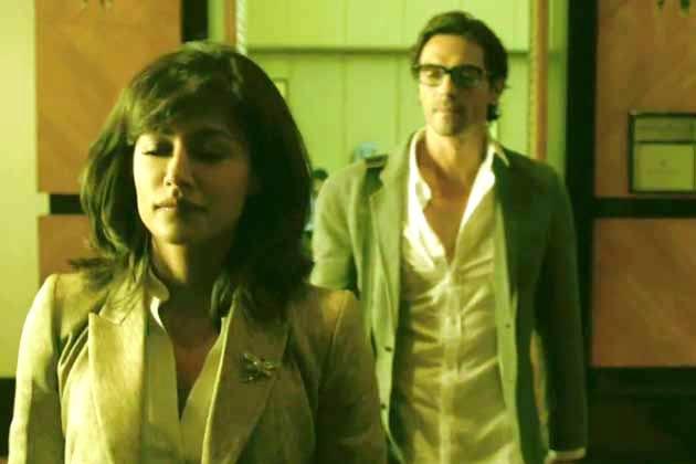 Chitrangada And Arjun Looks Dapper In Suit Photo From Movie Inkaar