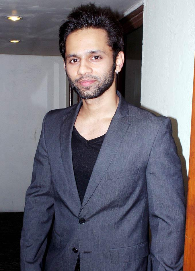 Rahul  Looked Dapper In A Suit At David Music Launch And Live Music Concert