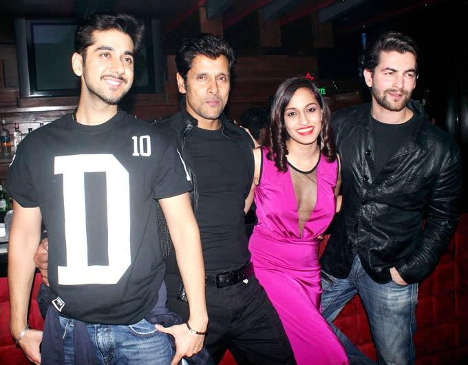 Vinay,Vikram,Shweta And Neil Nitin Smiling Pose Photo Clicked At David Music Launch And Live Music Concert