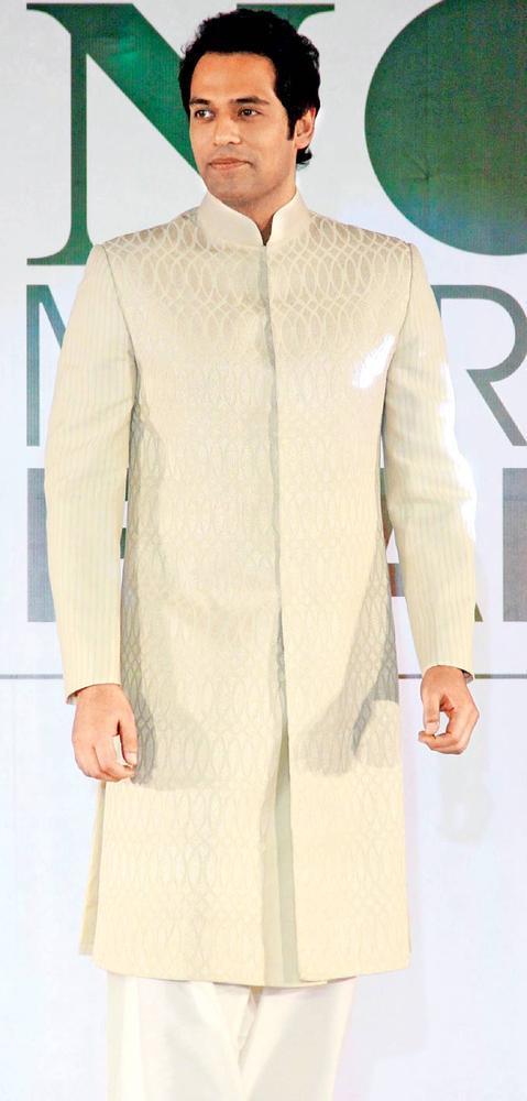Sameer Kochhar In Action At Beti Fashion Show