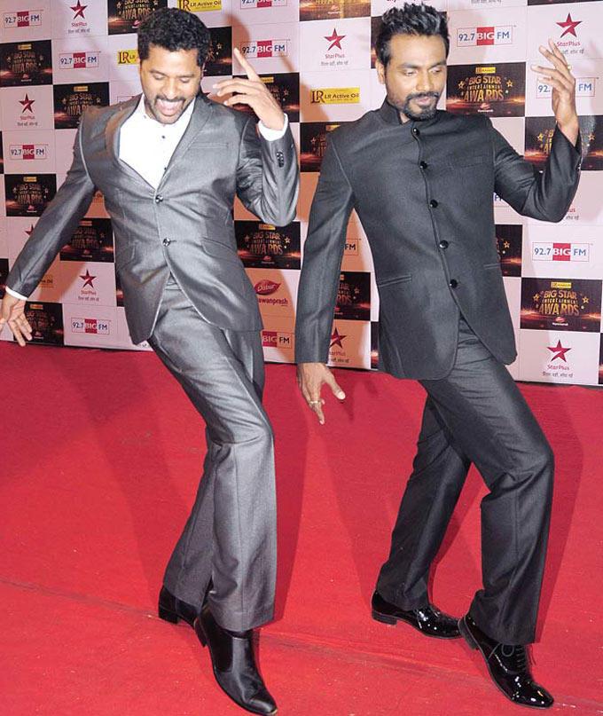 Prabhu With Remo Striking A Dance At Big Star Entertainment Awards Red Carpet In Mumbai