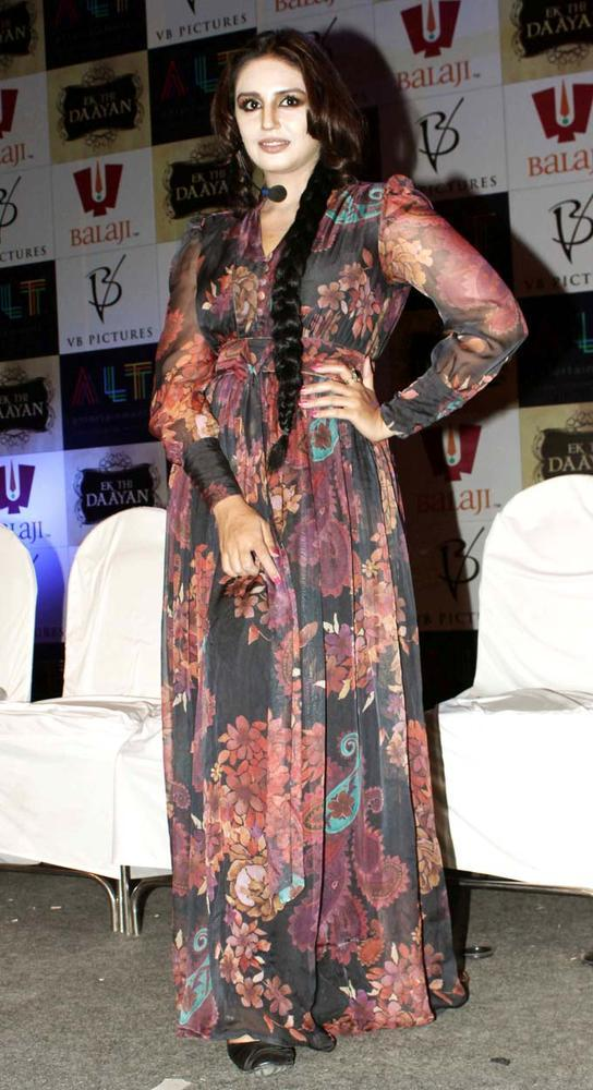 Huma Quereshi Posed For Camera Wearing A Long Gown At The Launch Of Ek Thi Daayan