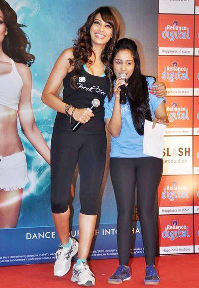 Bipasha Basu Posed At The Launch Of Fitness DVD Break Free