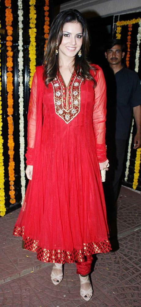 Sunny Leone Looked Radiant And Beautiful Still