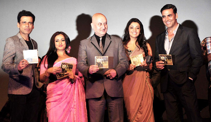 Manoj,Divya,Anupam,Kajal And Akshay Posed For Camera With The CDs At Music Launch Of Special Chabbis