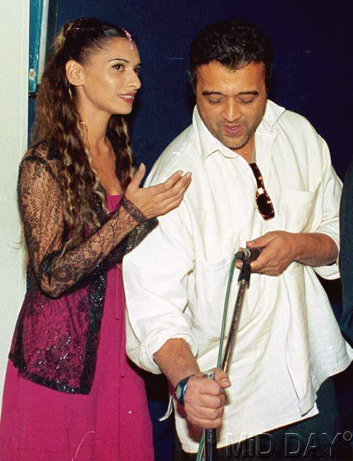 Sophiya Haque With Lucky Ali Photo Clicked A Song Rehearsal