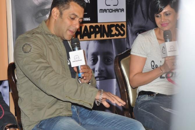 Salman Khan Speak Out Photo Clicked At Being Human Store Launch