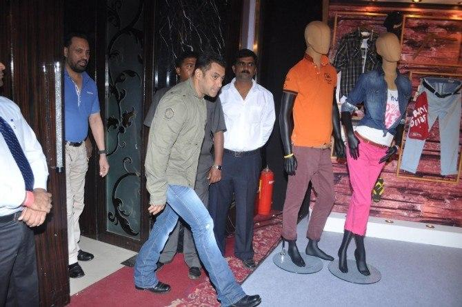 Salman Khan Walking Step Photo At The Being Human Store