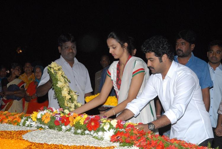 Jr. NTR And Wife Lakshmi Pranathi Pays Tribute At NTR Ghat