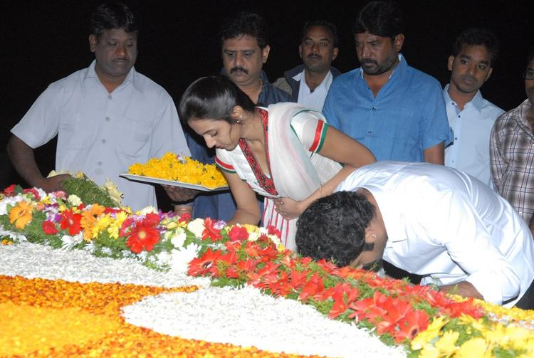 Jr. NTR And Wife Lakshmi Pranathi Take Blessing At NTR Ghat