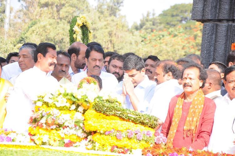 Nara Lokesh Pay Tribute At NTR Ghat