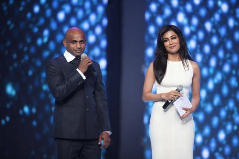 Chitrangada Singh And Sanath Jayasuriya At The CCL Season 3 Red Carpet