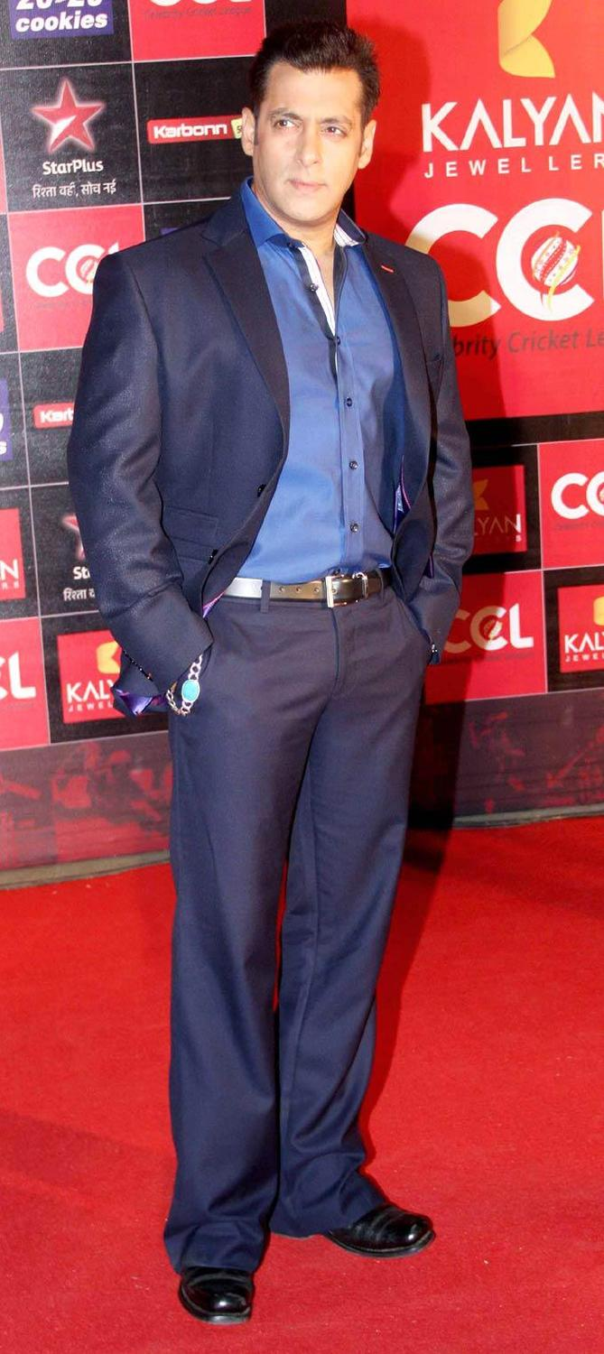 Salman Khan Posed At The CCL Season 3 Red Carpet