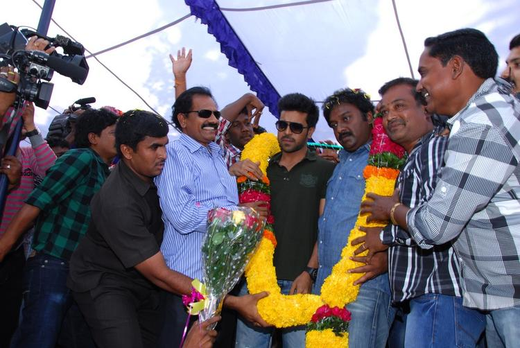 Ram And V. V. Vinayak Greeted By Public At Nayak Movie Success Tour