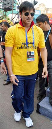 Vivek Oberoi Spotted at Mumbai Marathon