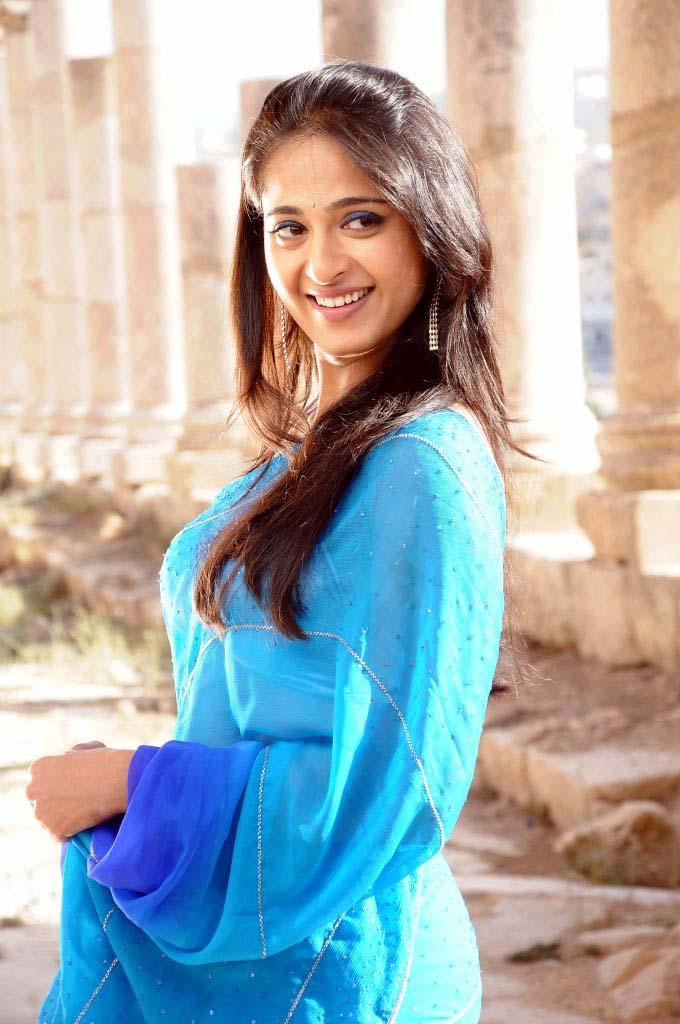Anushka Shetty Cute Smiling Still