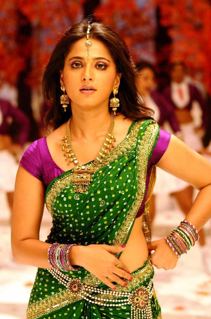 Anushka Shetty Dazzling Face Look Still