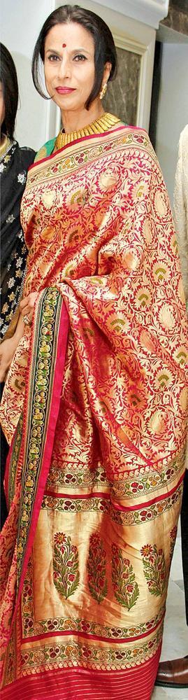 Shobhaa Looked Gorgeous In A Saree At Sangeet Ceremony Of Gayatri And Arjun Hitkari