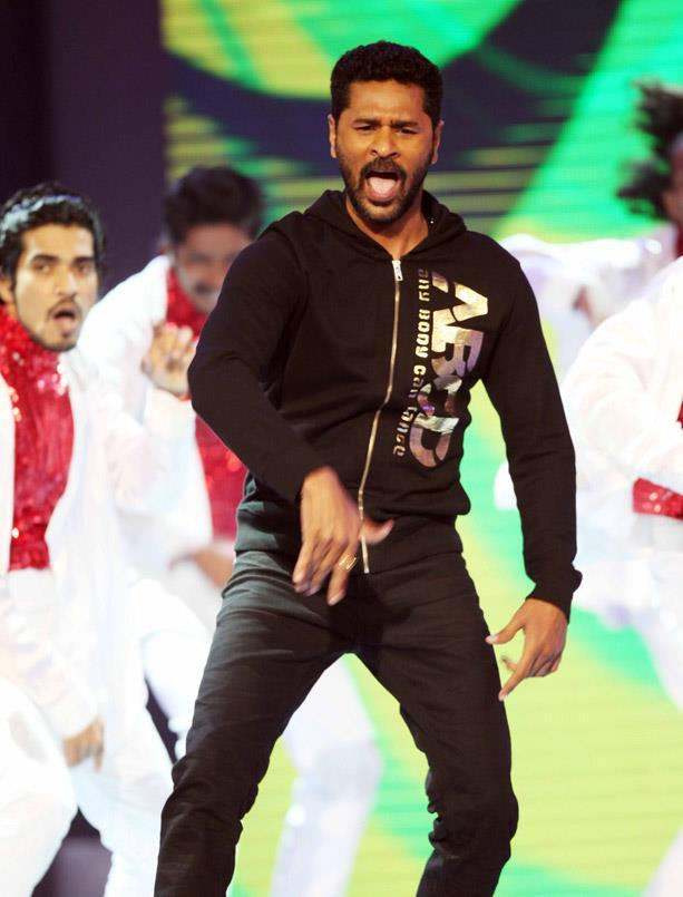 Prabhu Deva Hot Performance At CCL 3 Glam Night Party