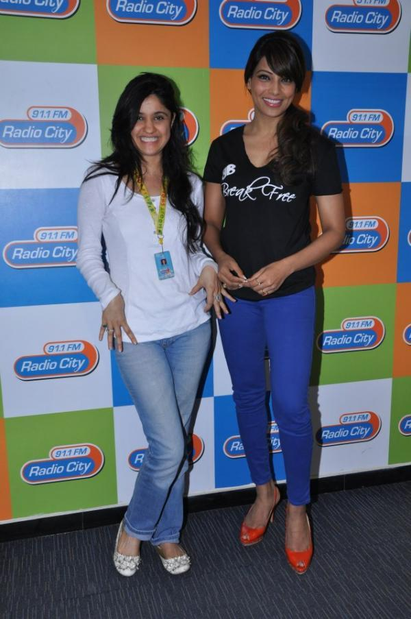 Bipasha Basu Clicked At Radio City 91.1 Mumbai