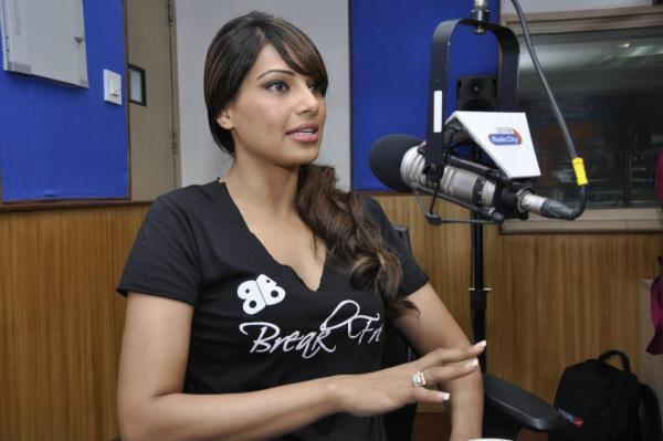 Bipasha Basu Promoting Breakfree Fitness DVD At Radio City 91.1