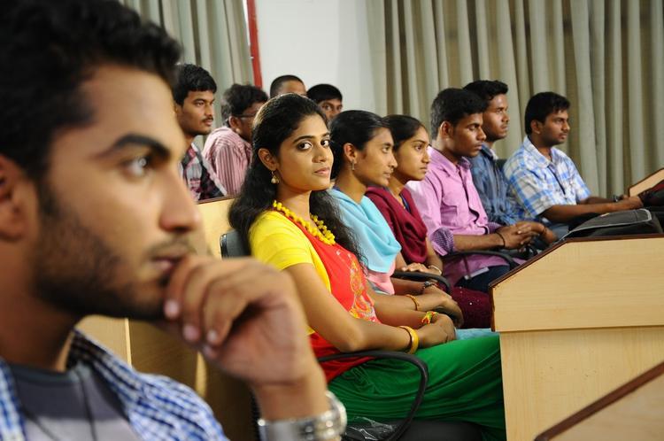Vijayendra And Samatha Class Room Photo From Telugu Movie Mandodari