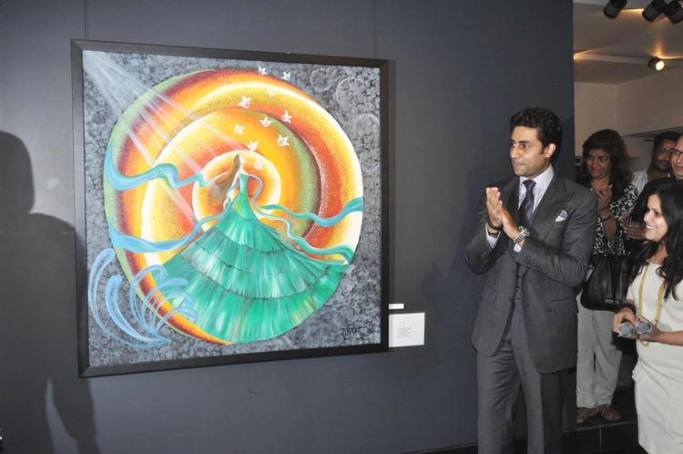 Abhishek Clapping Photo Clicked At Art Exhibition Of Radhika Goenka