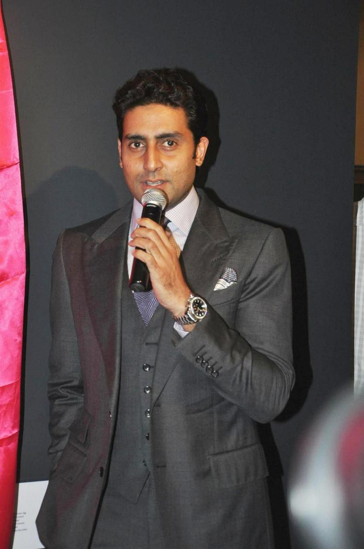 Abhishek Speak Out Photo Clicked At Art Exhibition Of Radhika Goenka