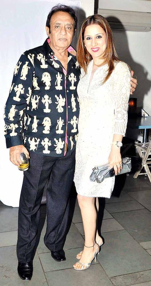Ranjeet Poses With Rouble Nagi At Vinod Nair Hosts Bash For Greogry David Roberts