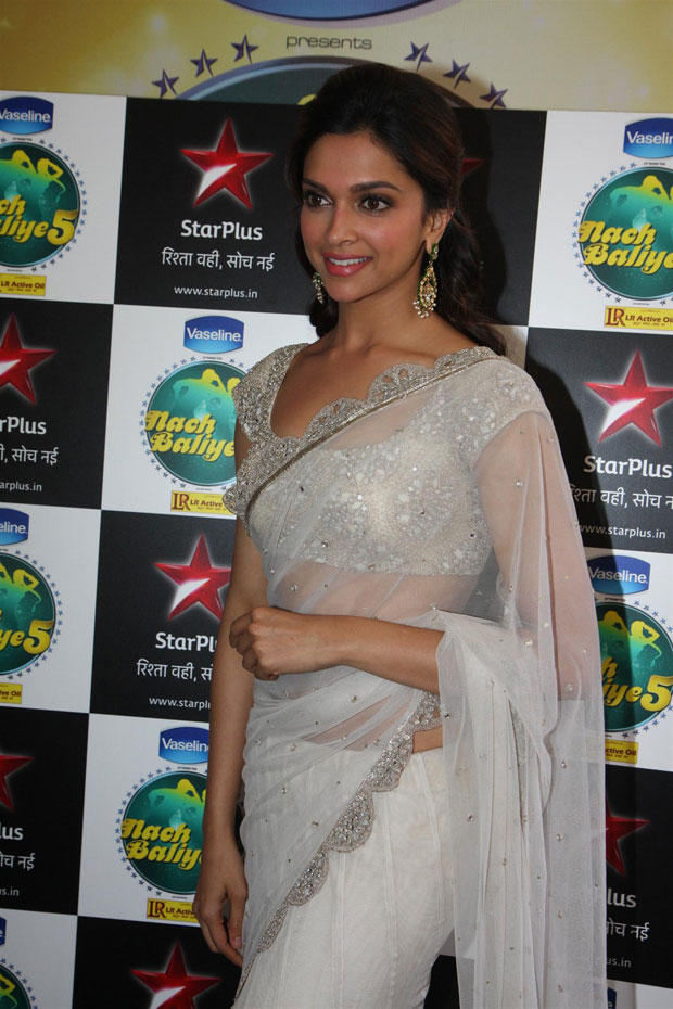 Deepika Padukone Ravishing Look On The Sets Of Nach Baliye 5
