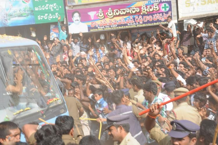 Public Are Gathered At Nayak Movie Success Tour