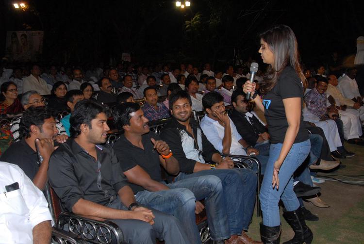 Swati,Allari Naresh,Manchu Manoj And Nani Spotted At Swamy Ra Ra Audio Release Function
