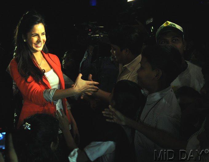 Katrina Sizzling Look Photo At A Screening Of Main Krishna Hun